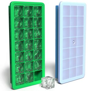 Vremi Silicone Ice Cube Tray with Plastic Lid